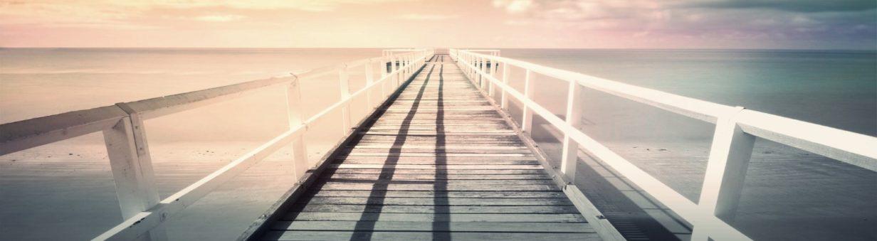 pont mer au bout des choses-Marie Range va au bout des choses : elle cherche, fouille, pinaille, pour toi